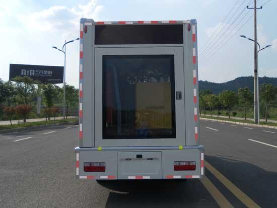 东风轻卡LED广告车
